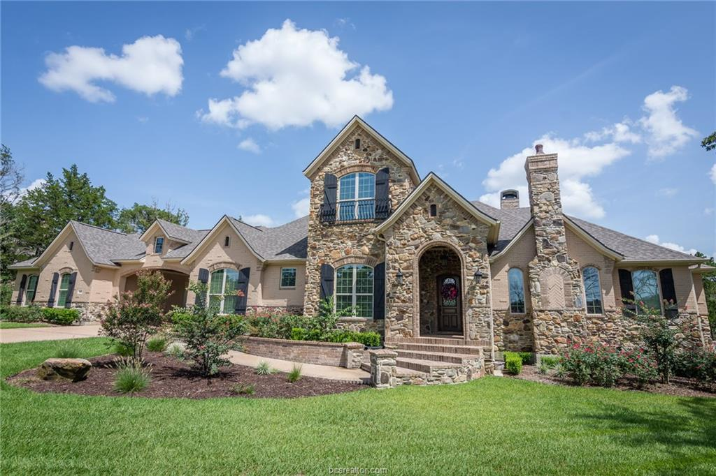 5365 Majestic Oaks Court, College Station, TX 77845