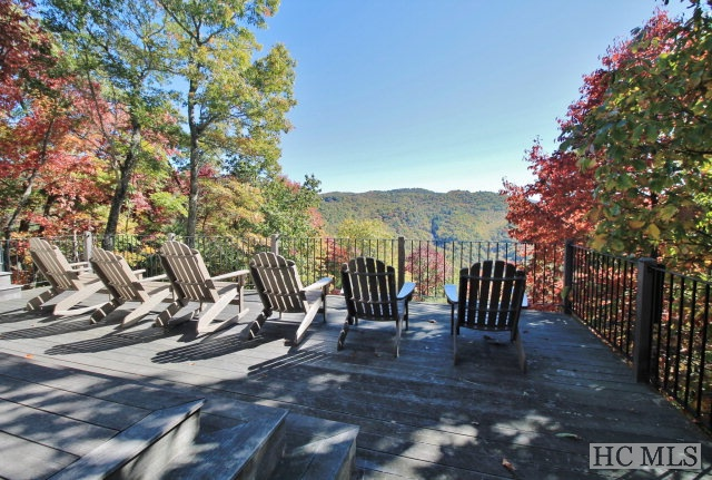 2846 Highland Gap Road, Scaly Mountain, NC 28775