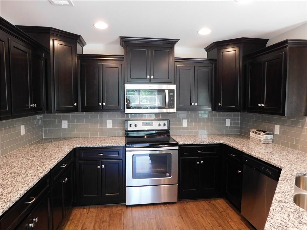PHENIX CITY Real Estate: 188 LEE ROAD 2203 AL 36870 $209,900