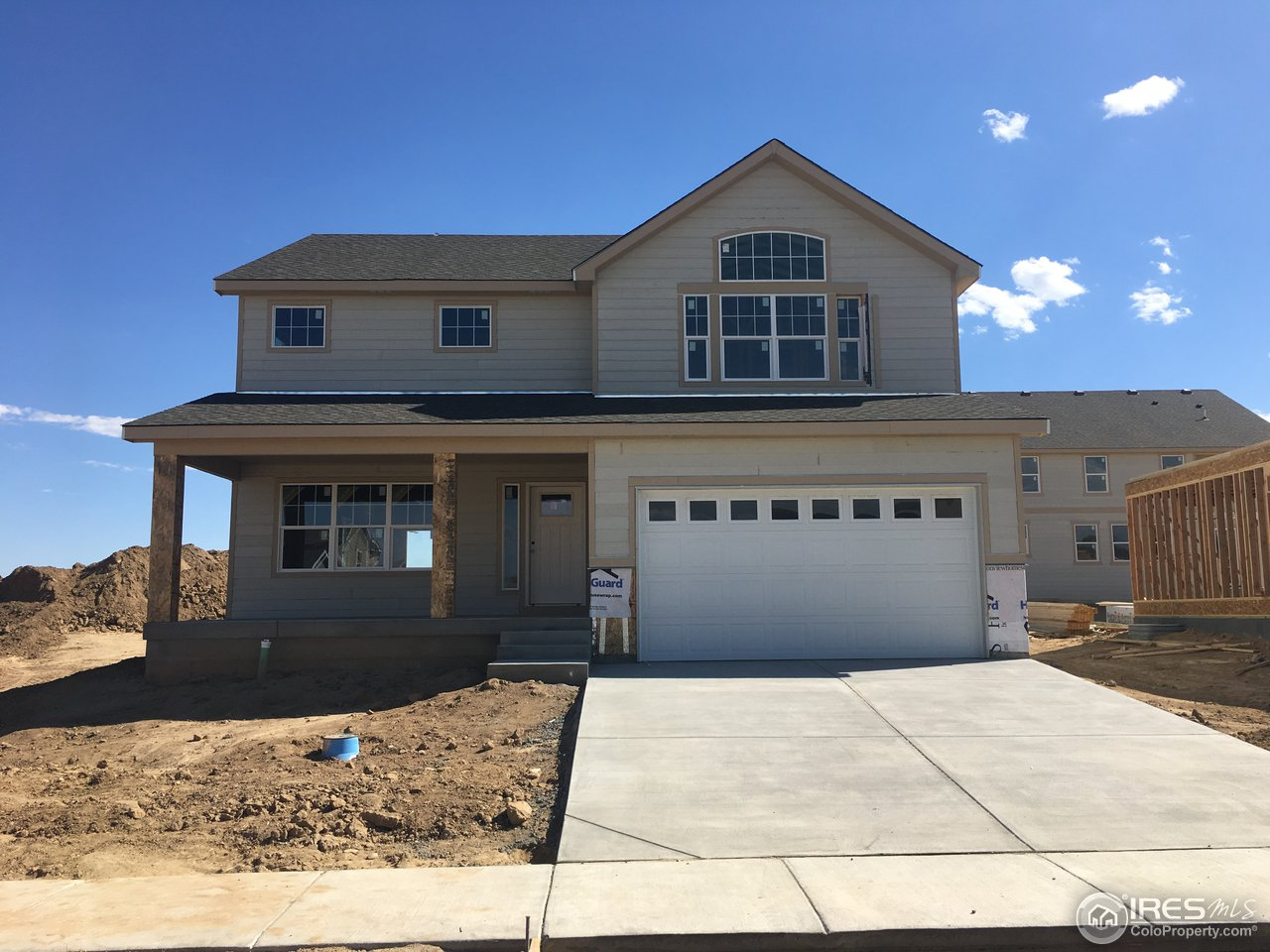 A BRAND NEW HOME...This new build home beautiful 2-story plan features an open concept. Extraordinary master bedroom, with large window for natural light. The kitchen has a very large island w/ a lot of countertop and cabinet space. 3 bedrooms on the second level, with a big loft. 3 car tandem garage. This home has granite countertops throughout, real tile in bathrooms, A/C, garage door opener, rear patio. Color selections can still be made. Ready for move in Nov/Dec 2018.
