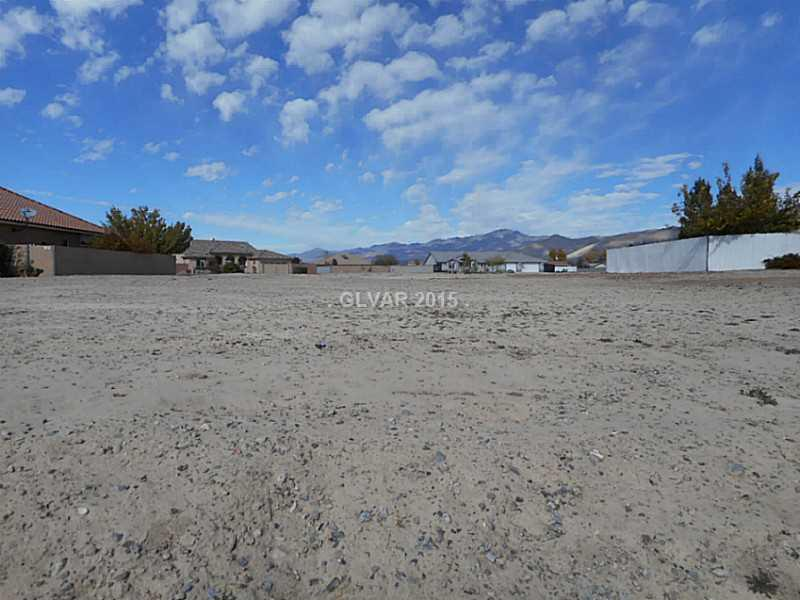 5450 E BARNWOOD Court, Pahrump, NV 89061