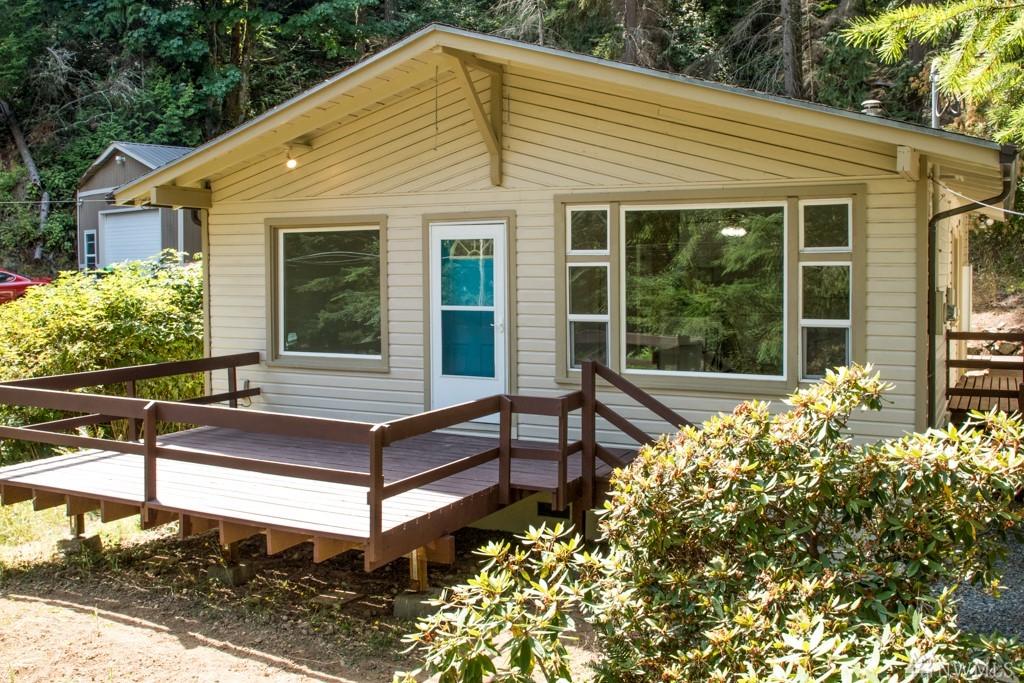 1213 Scenic Ave, Lummi Island, WA 98262