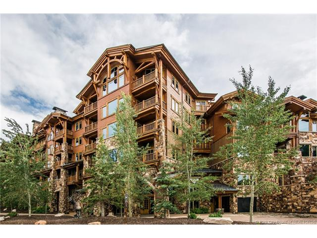 This unparalleled ski-in/ski-out condominium offers six amazing bedrooms, incredible views overlooking the slopes, top-floor location, large vaulted ceilings, and a ski-in/ski-out location at the base of Deer Valley's most popular Northside lift. First tracks in powder are yours. Top-of-the-line finishes throughout including Wolf, Sub-zero, & Asko. Great rentals are a bonus!