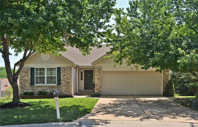 2 Hickory Valley Court, Wildwood, MO 63011