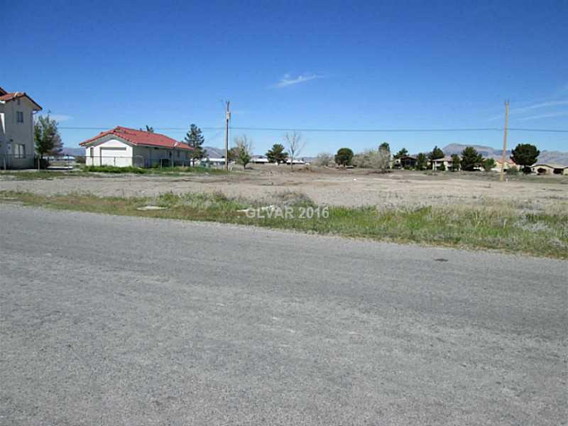 660 E SAN LORENZO Street, Pahrump, NV 89048