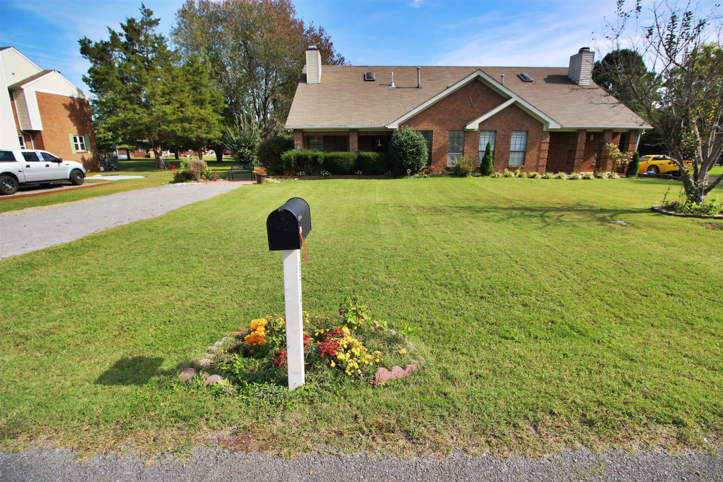 2574 Exeter Dr, Murfreesboro, TN 37127