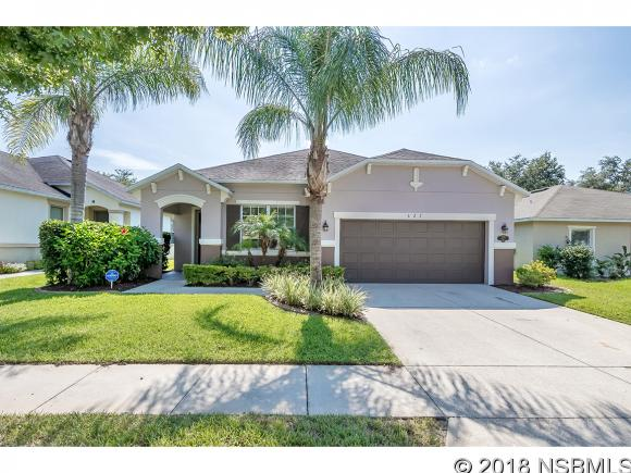 627 Aeolian Dr, New Smyrna Beach, FL 32168