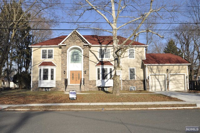 29 Charles Place, Old Tappan, NJ 07675