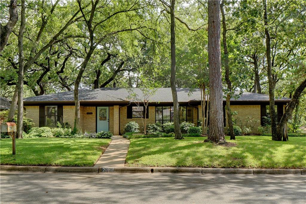 2959 Wentwood Drive, Grapevine, TX 76051