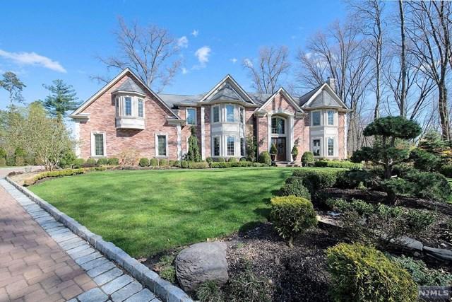 599 Colonial Road, River Vale, NJ 07675
