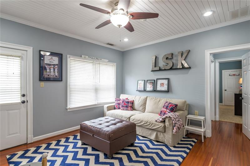 Add'l view of rec room/sitting area/play room!