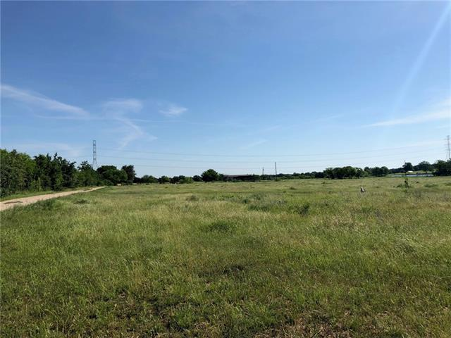 Beautiful 22.95 acres in the country with a nice double wide. Cleared pastures with a well packed gravel driveway all the way through the property. 25 minutes from Bastrop, and 20 minutes from Smithville.