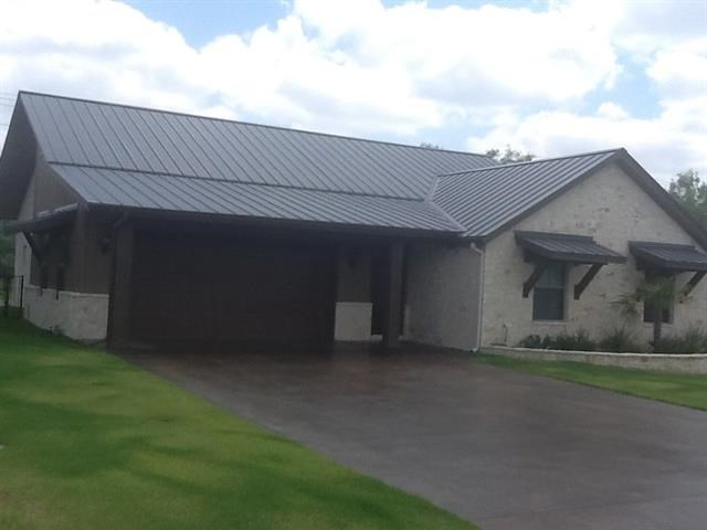 This will be one of the finest built homes on the market. Four bedroom and two bath, fourth bedroom can be converted to an office. Foam insulation that makes it highly efficient. Kitchens with Granite counters & Stainless appliances. Hardwood, tile , & carpet thru out. Outdoor cooking for entertaining. Lots more!!!