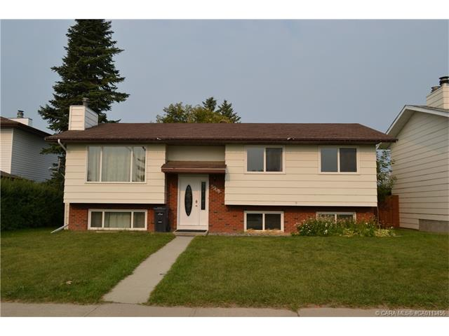 5908 56 Street, Rocky Mountain House, AB T4T 1J3