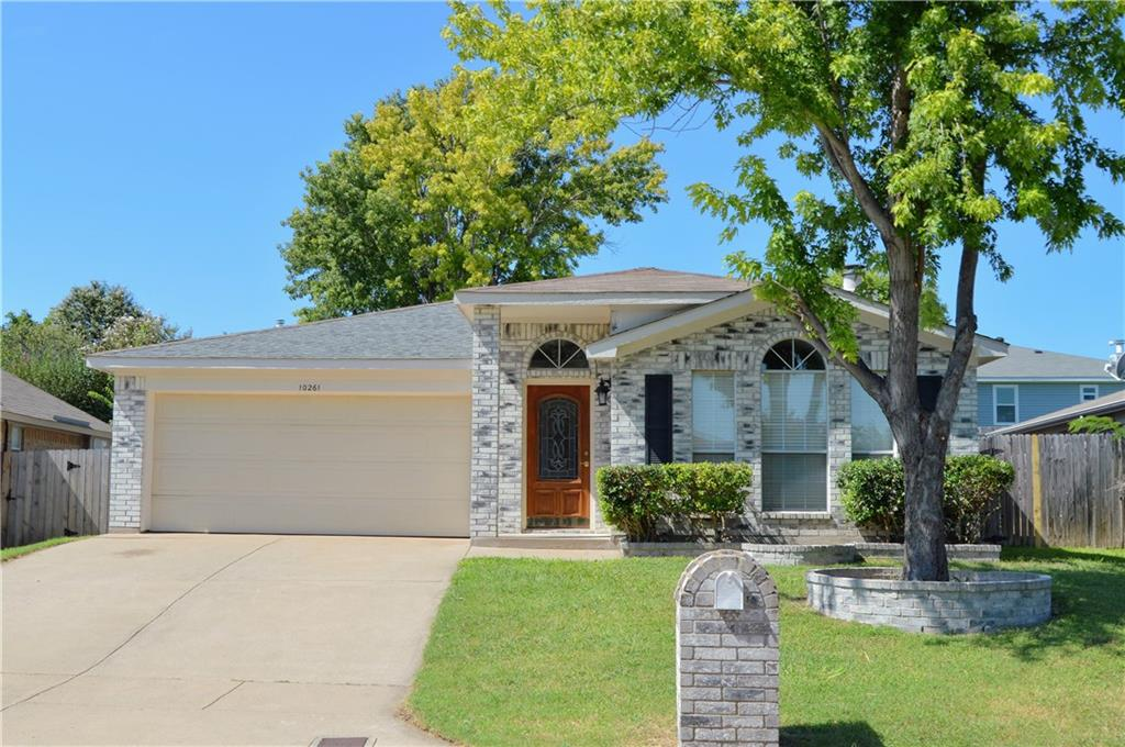 10261 Westward Drive, Fort Worth, TX 76108