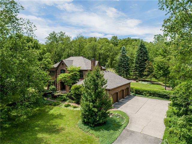 Picture of a spacious brick home in Stoney Creek, Rochester, MI