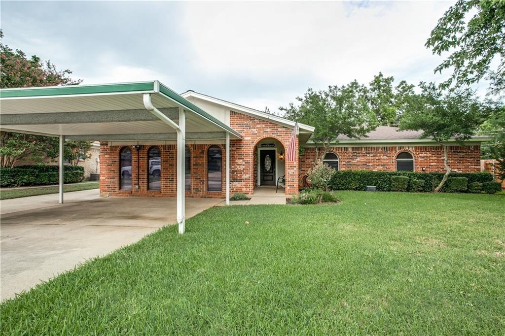 212 N Willow Street, Mansfield, TX 76063