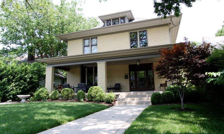 Traditional 1912 Foursquare Exterior.  Contemporary Renovated Interior.  3 story Foyer w/ custom chandelier.  4th Bedroom is being used as an in-home theatre.  Historic preservation awarded renovation.  Elevator servicing all 4 levels. This home is a Must See!