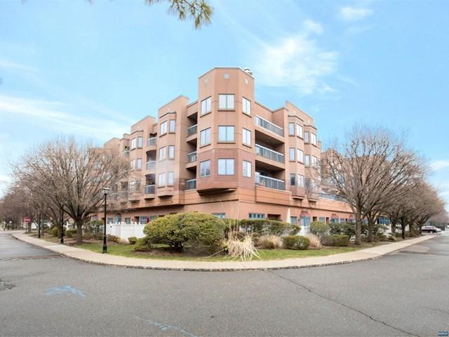 502 Penn Court, Edgewater, NJ 07020