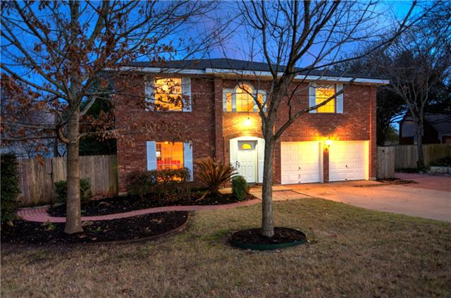 Large updated home has big bedrooms, each w/own walk-in closet. HUGE Master! Great Location on a cul de sac in a lovely, wooded neighborhood with trails, parks, pool that is close to everything- shopping, medical, services, etc.! Quick access to 620, 45, I 35! Kitchen updated w/hard tile & beautiful Quartz counters.Private outdoor living spaces-deck off the kitchen,stone walkways,large stone patio,large storage shed & more!Front paver patio with stone seating bench&patio,paver walkway. NEW Roof Nov 2017