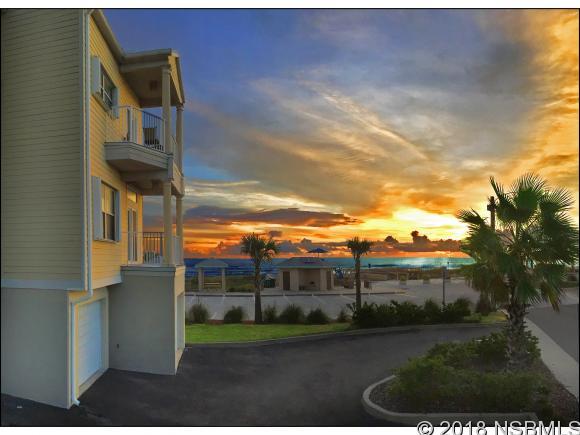 530 ESTHER ST, New Smyrna Beach, FL 32169
