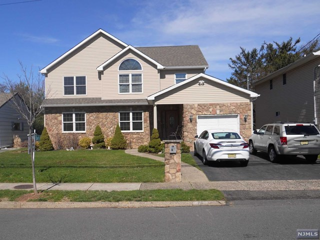 76 Notch Road, Clifton, NJ 07013