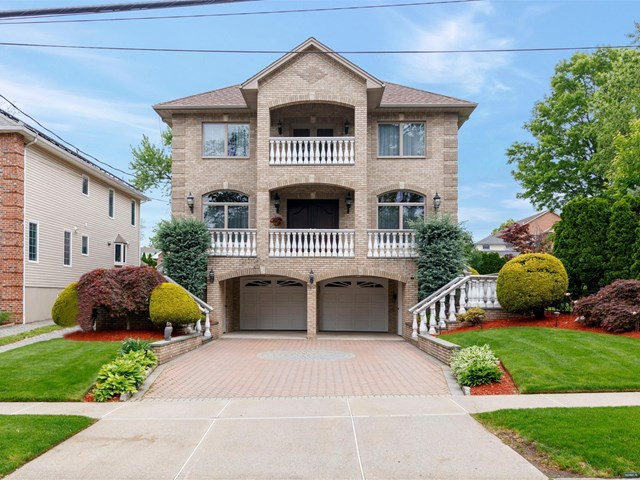 190 Donaldson Avenue, Rutherford, NJ 07070