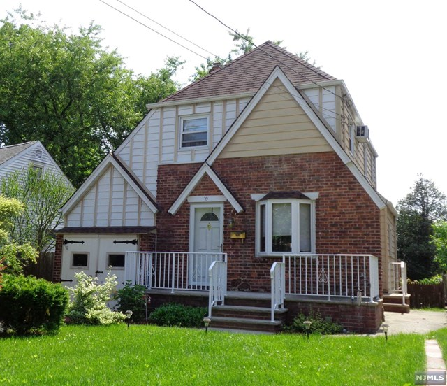 39 Marlboro Road, Clifton, NJ 07012