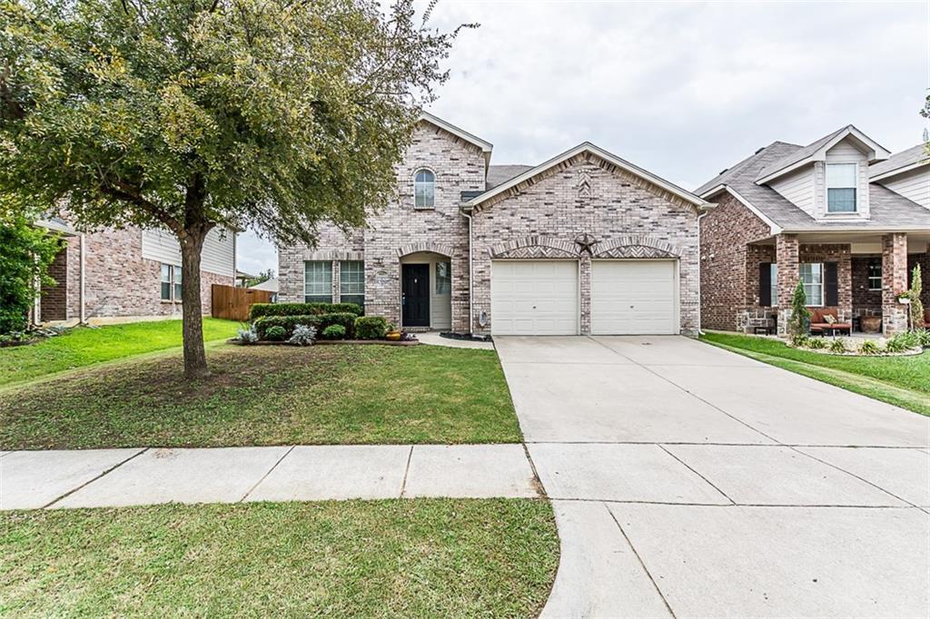 1117 Golden Eagle Court, Aubrey, TX 76227