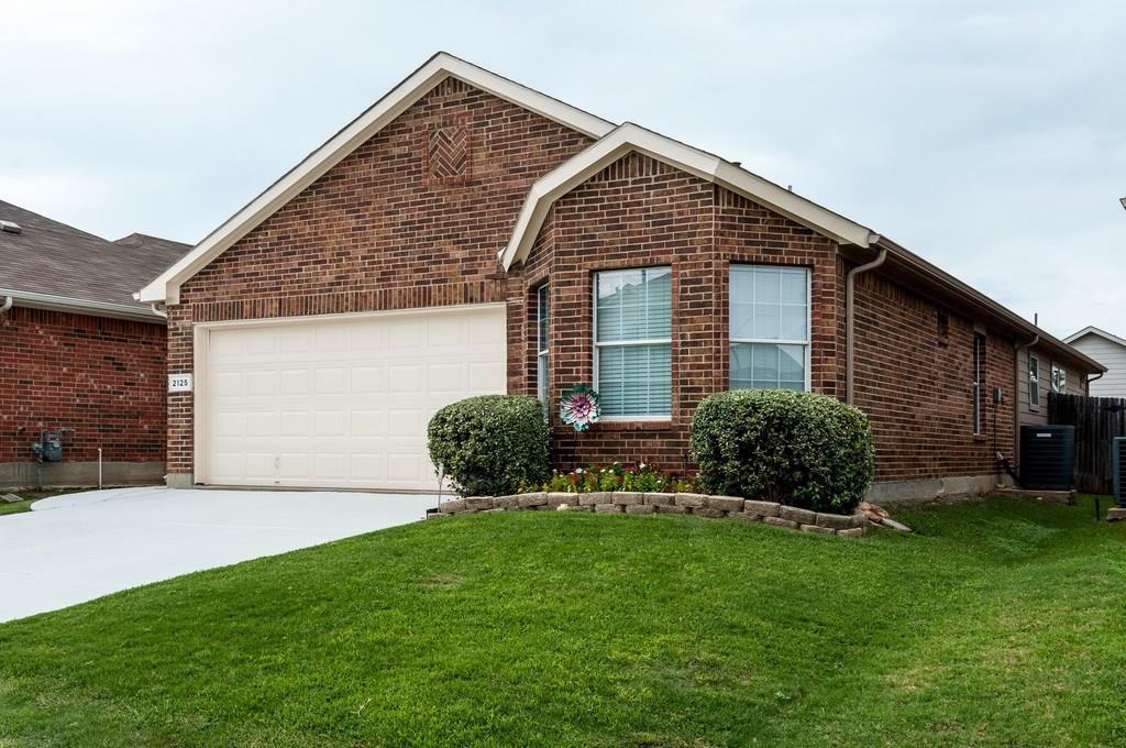2125 Ingrid Lane, Fort Worth, TX 76131