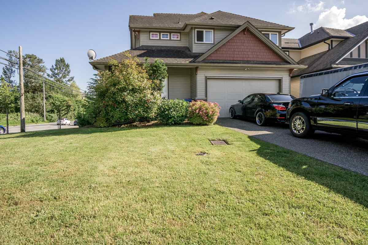 27198 35 AVENUE, Langley, BC V4W 0A5