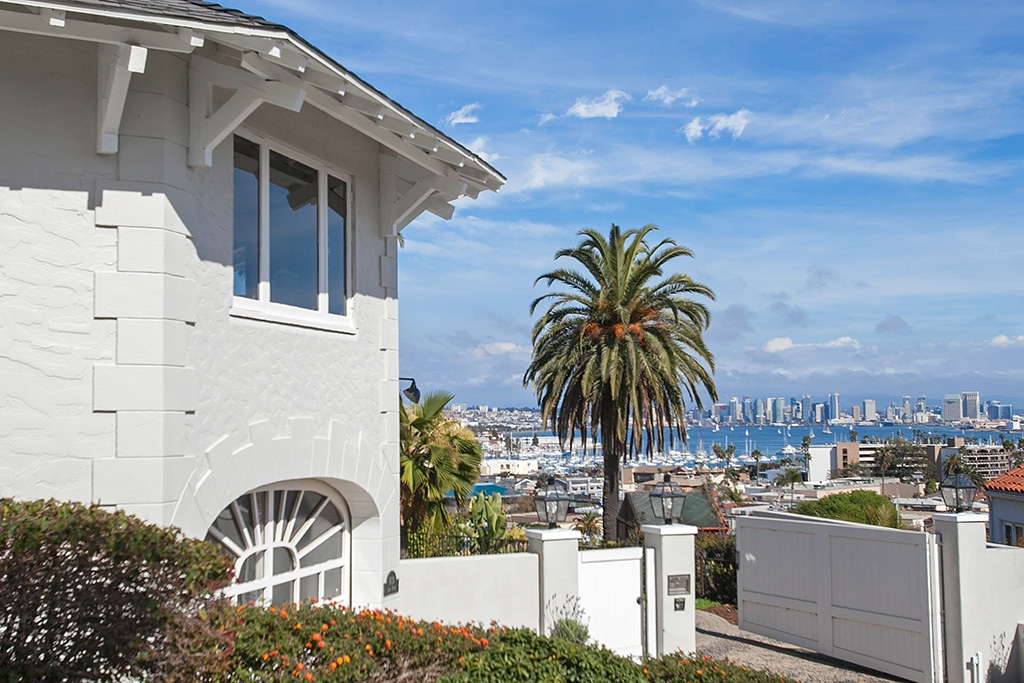Look no further...Come home to spectacular VIEWS of City Lights, San Diego Bay, Ocean, Coronado Islands and as far as the eye can see! Relax on any of the numerous outdoor living spaces. Architectural details throughout this Iconic home.  Four fireplaces, fabulous over-sized restaurant style kitchen w/access to courtyard.  Separate MBR suite w/private work-out room, Sauna and covered patio area  Entertain in the private dining room, formal living room or separate family room.