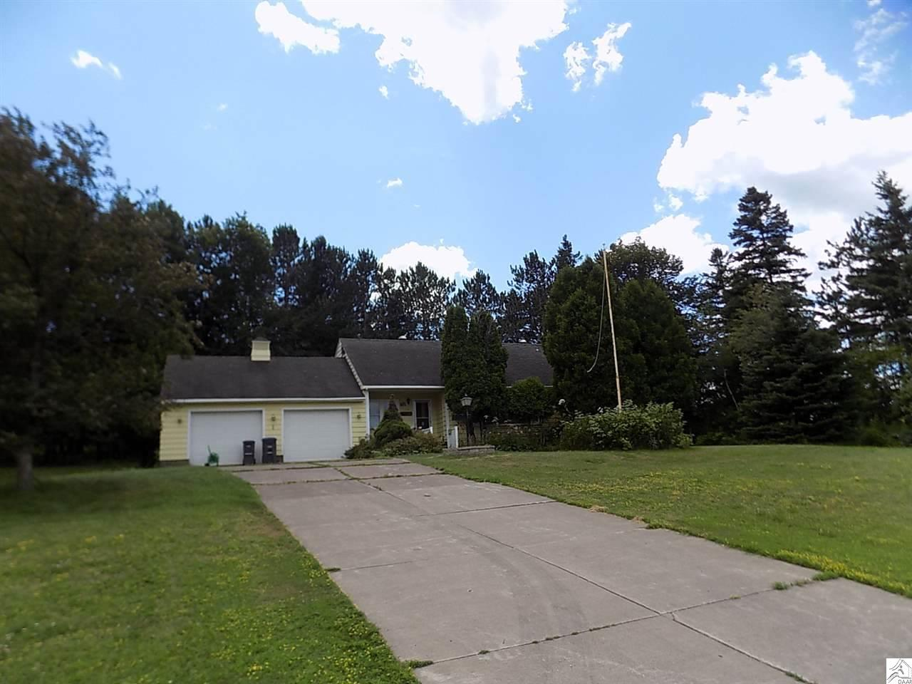 714 W Central Entrance, Duluth, MN 55811