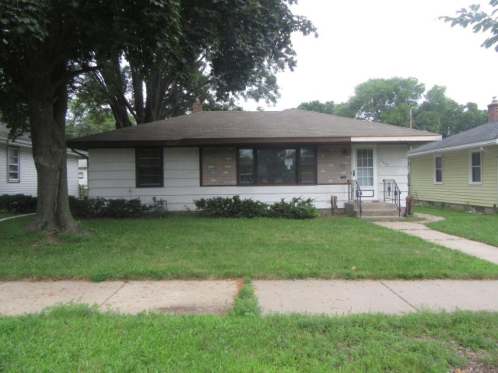 1609 Montana Avenue E, Saint Paul, MN 55106