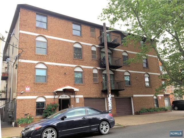 40-44 Rome Street, Newark, NJ 07105