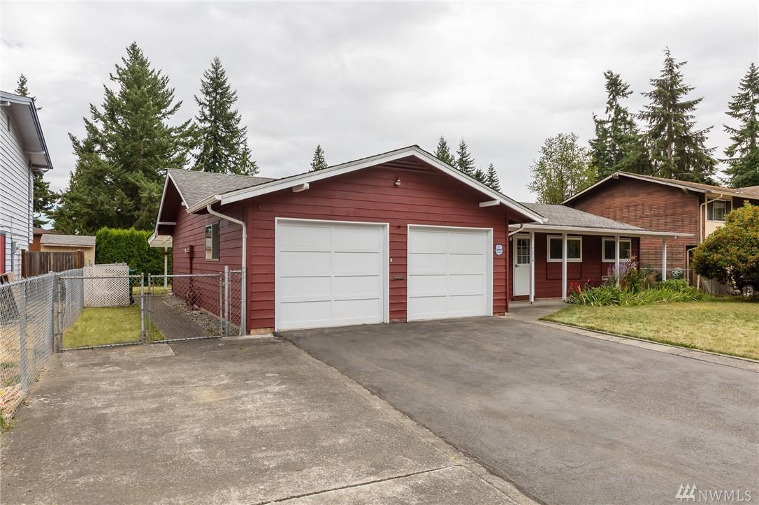 7829 Timber Hill Dr, Everett, WA 98203