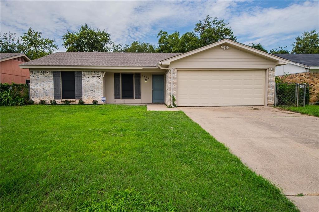2908 Dillard Street, Fort Worth, TX 76105