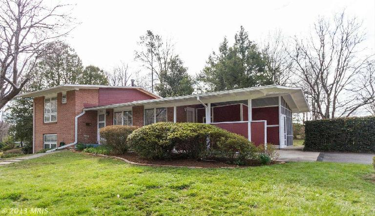 6653 OLD CHESTERBROOK RD, MCLEAN, VA 22101