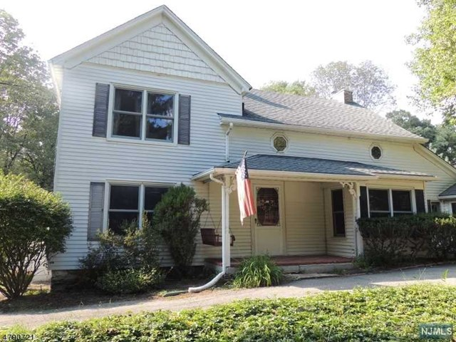 131 Combs Hollow Road, Randolph Township, NJ 07869