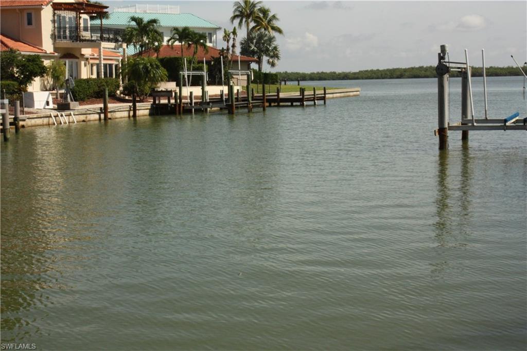 Laurel Ct Marco Island