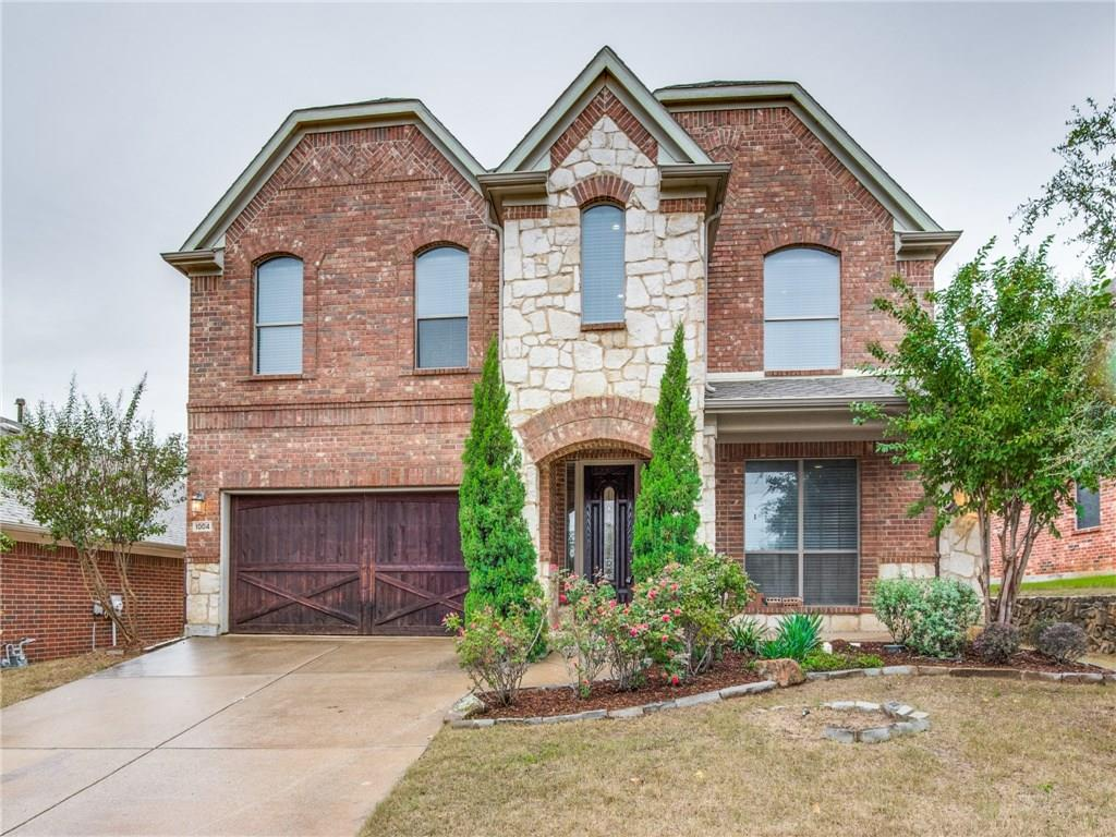 1004 Coyote Drive, Euless, TX 76040