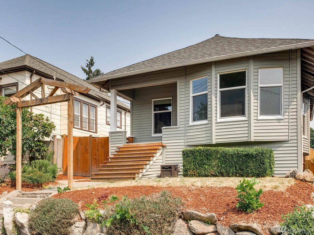 3320 34th Ave S, Seattle, WA 98144