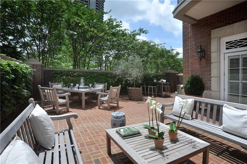 This is an incredible home with the ideal private outdoor space- totally gutted and redone three years ago with total attention to details throughout. 11' ceilings, plus nice office in building with window.