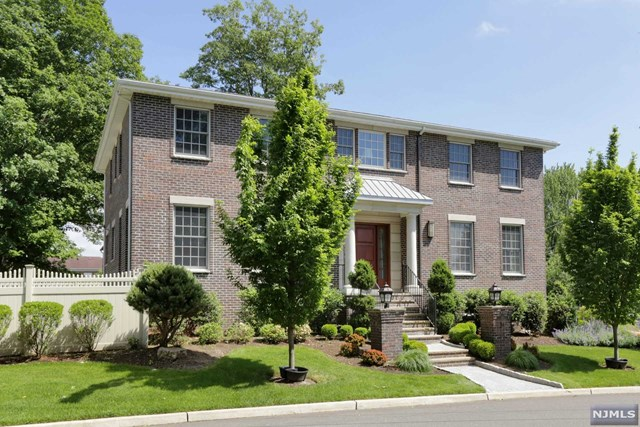 31 New Street, Englewood Cliffs, NJ 07632