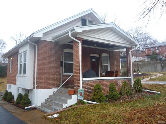 7240 Glades Avenue, Richmond Heights, MO 63117