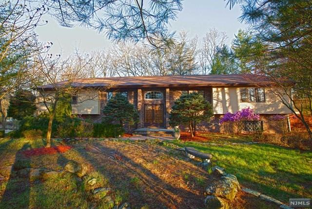 35 Cherrywood Drive, Wayne, NJ 07470