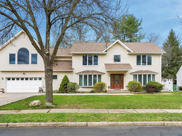 733 Reeder Road, Paramus, NJ 07652