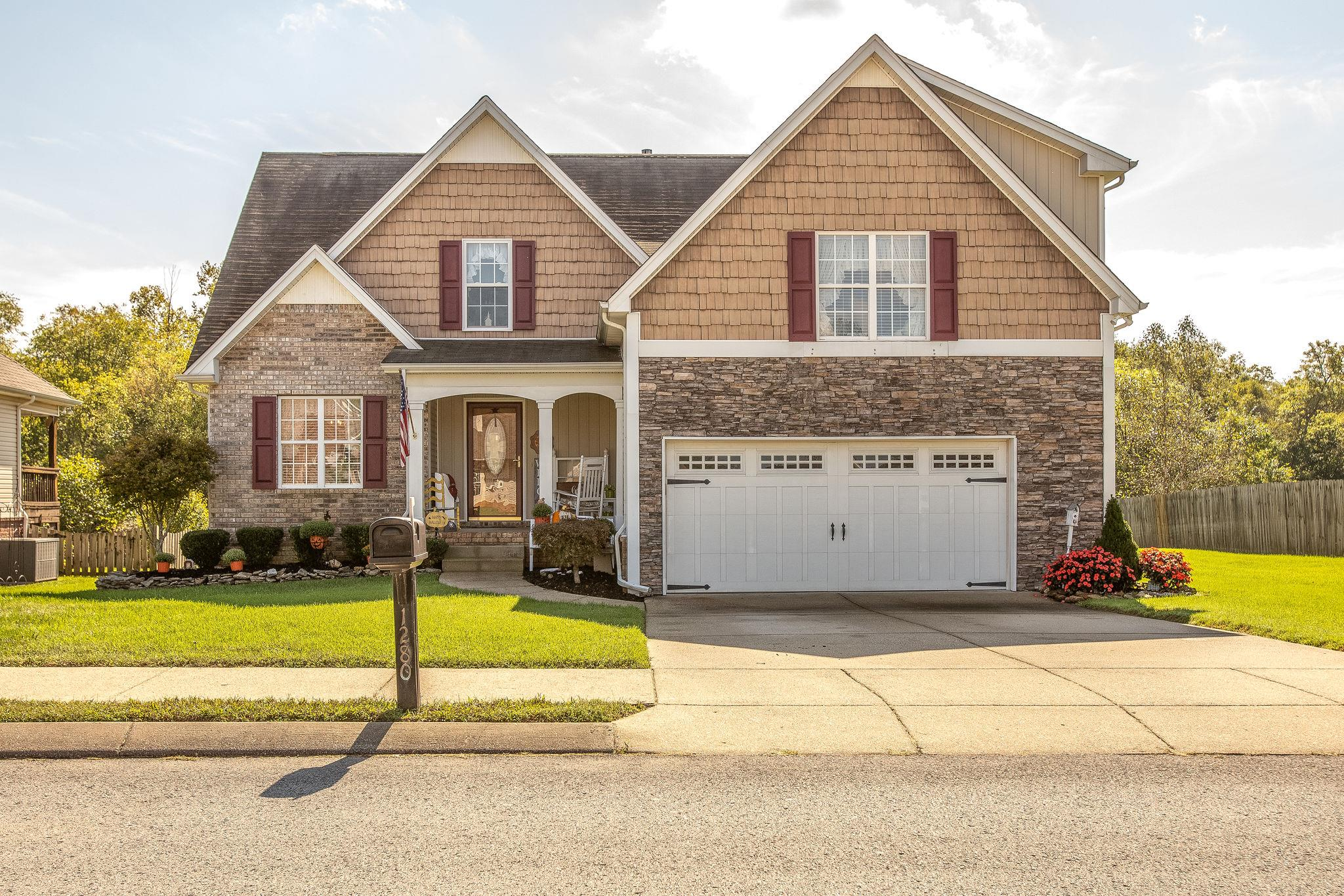 1280 Chapmans Retreat Dr, Spring Hill, TN 37174