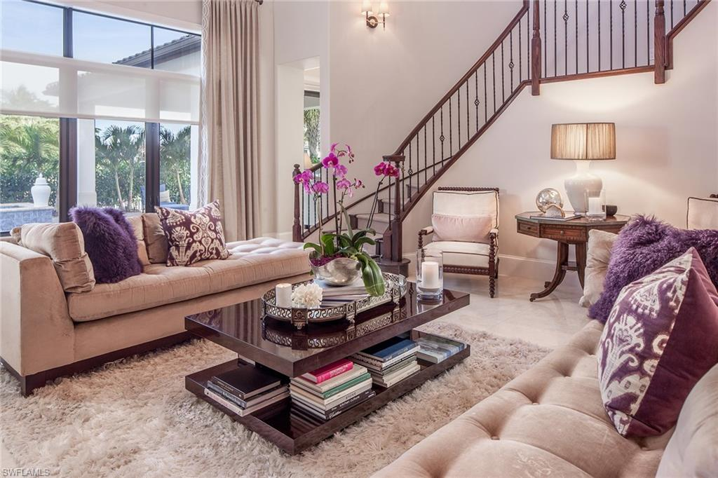 2273 Residence CIR, NAPLES, FL 34105