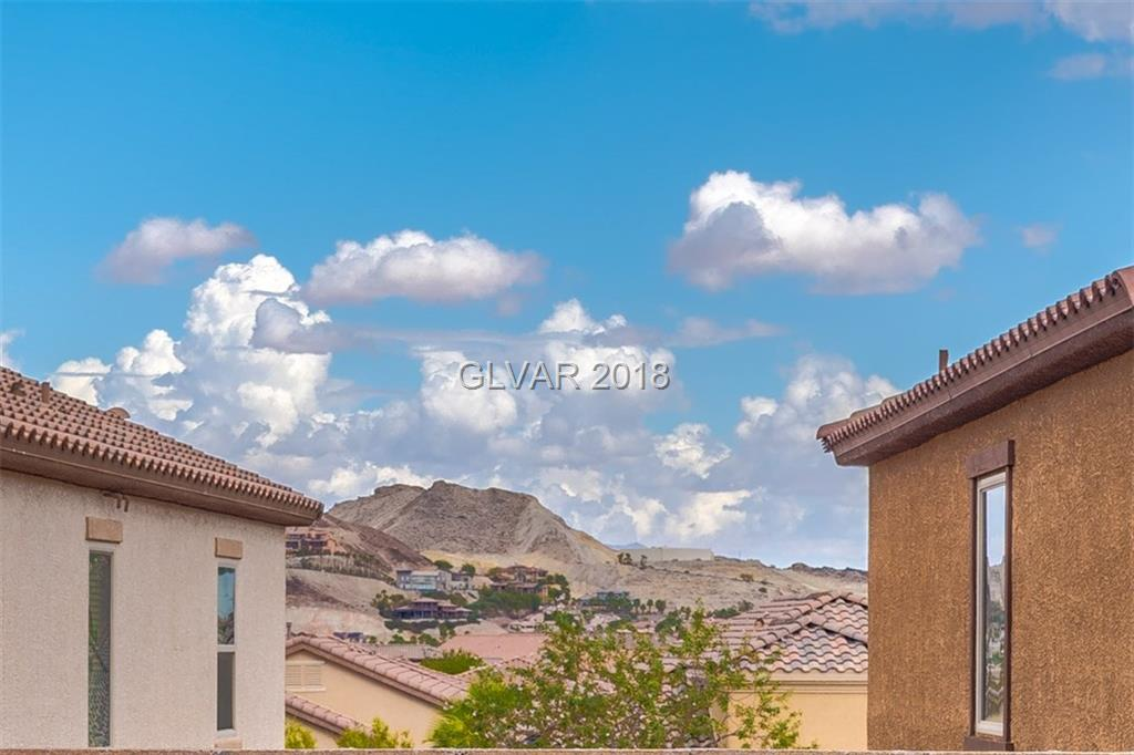 ONLY $175/sf! 2541sf floorplan! 3bed+3bath SINGLE STORY HOME+514sf casita w/own AC,balcony,living rm,bed+bath~endless possibilities! ENORMOUS island kitchen w/SLAB GRANITE,STAINLESS dbl ovens+gas cooktop,VEGGIE SINK! GRANITE BATHS! Great room w/fireplace opens to courtyard. Large ULTRA PRIVATE backyard w/MOUNTAIN VIEW! Tile flooring thruout,PLANTATION SHUTTERS,ceiling fans.All beds separated for privacy.Guard gated w/POOL,park,golf,gym,clubhouse!